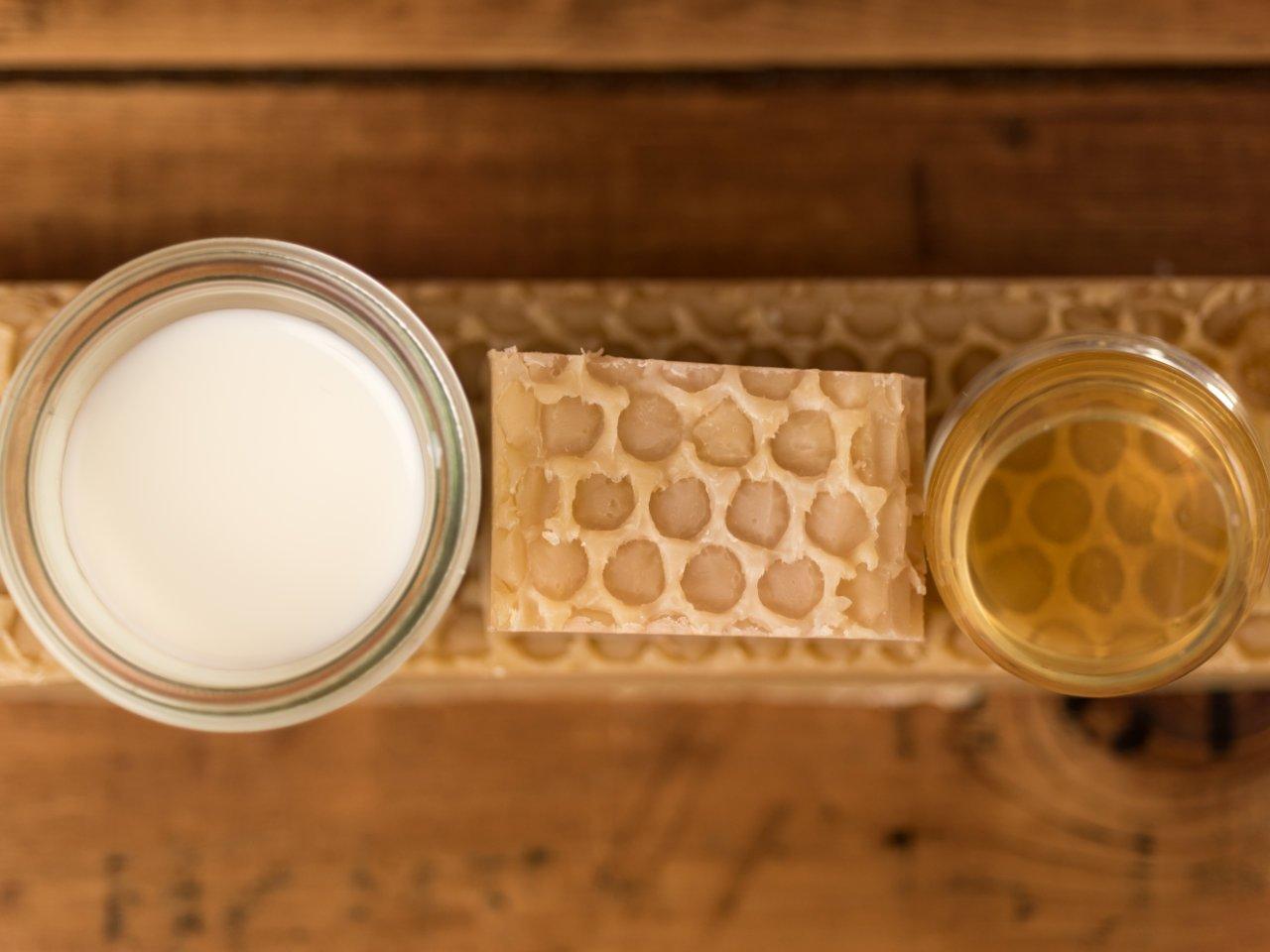 Sapone naturale al latte d'asina e miele